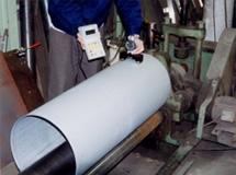 ロールベンダによる製缶時の、変化するR寸法測定